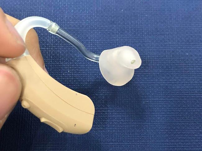 耳掛式助聽器維修